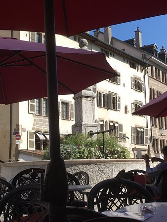 Place Bourg du Four: photo3.jpg