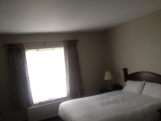 Newcastle West, Irland: Newly Renovated Double rooms