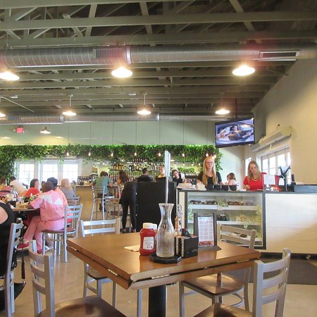 Peoria, IL: Childer's Eatery, Lunch Time, June 2016
