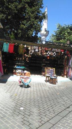 Beykoz, Τουρκία: Şirin bir alışveriş mekanı...