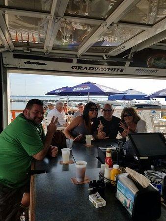 Kelleys Island, OH: And the food smash begins!