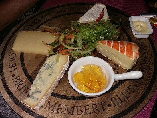 Seilh, Frankrig: Assiette de fromage très bien
