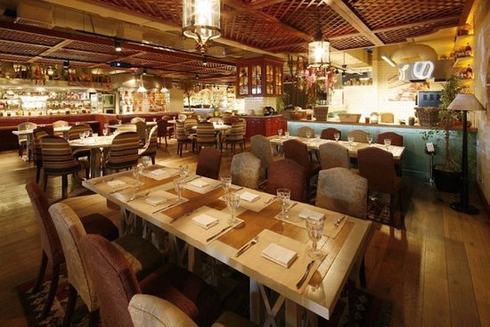 Dining Room - Picture of Balkon, Moscow - TripAdvisor