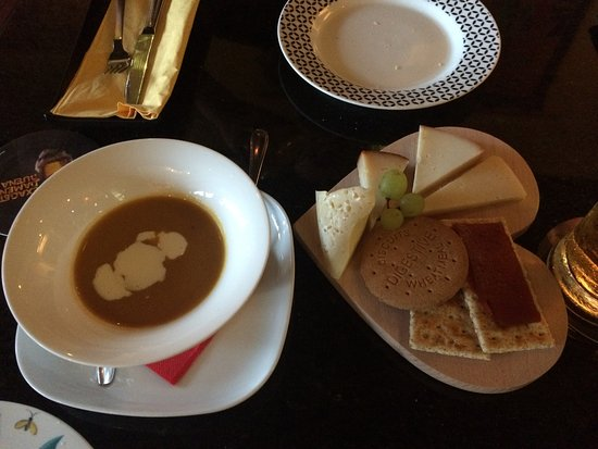 Wapa Tapa: The pumpkin soup - try it! Also the cheeseboard was lovely.