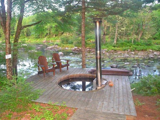 East Kemptville, Kanada: Hot Tub