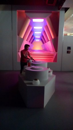 Ticonderoga, NY: Warp core and matter/antimatter mixing chambers (and owner James Cawley)
