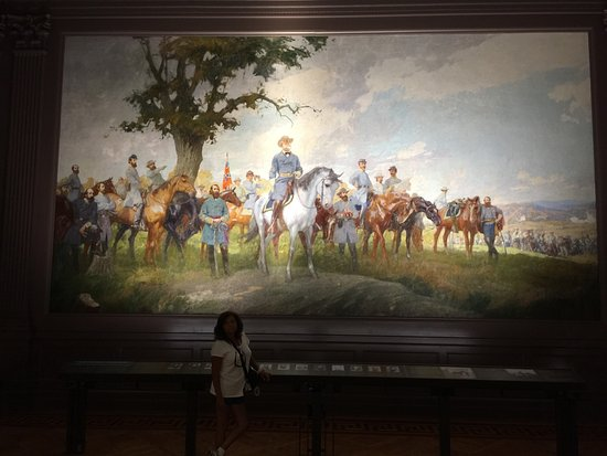 Virginia Museum of History & Culture: One of the magnificent mural depicting part of Virginia history: the Confederacy.
