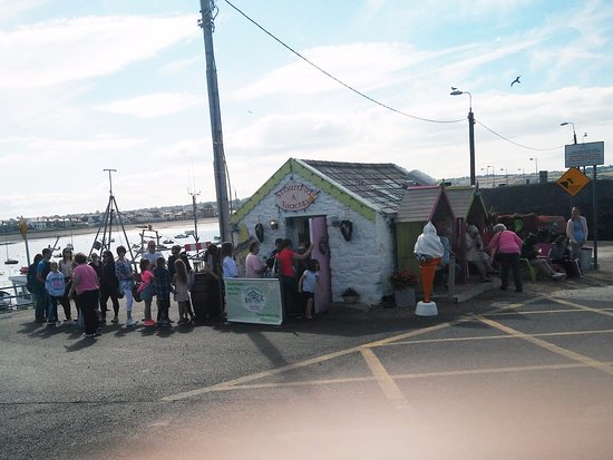 Skerries, Ireland: Storm has just opened and already the queue is forming with young and not so young getting in on