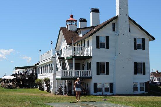 West Dennis, MA: The Lighthouse Inn main building