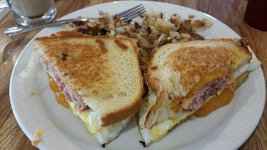 Good Harvest Cafe : Ham and Cheese Breakfast Sandwhich