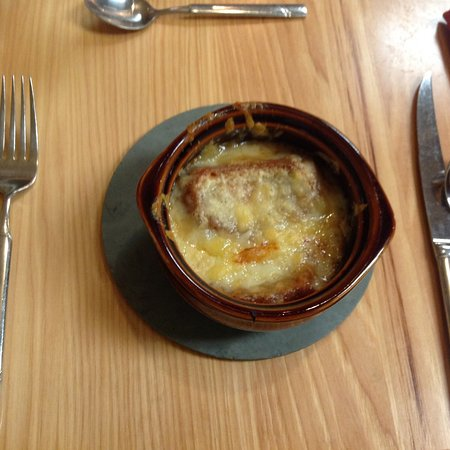The Essex, Vermont's Culinary Resort & Spa: Our French onion soup from class