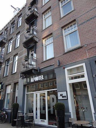 Doppelzimmer Mit Balkon Bild Von Alp Hotel Amsterdam Amsterdam