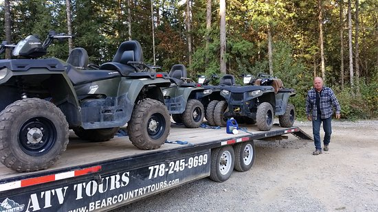 Harrison Hot Springs, Kanada: Kevin and his machines ...