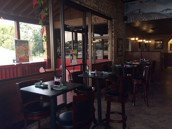 Athens, TX: Bar area