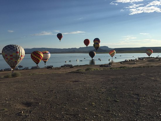 The 2016 Elephant Butte Balloon Regatta