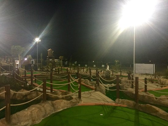 Мелдон, UK: Pirates Bay Adventure Golf