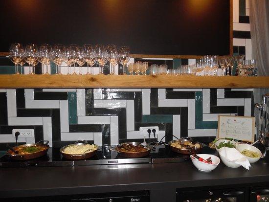 Hotel Prima City, Tel Aviv: Breakfast buffet