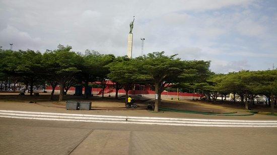 Cotonou, Benin: Etoile Rouge