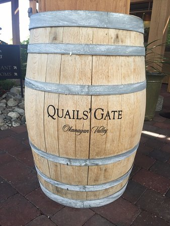 West Kelowna, Canadá: Barrel sign