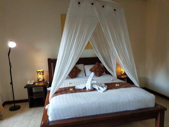 Bali Ayu Hotel: 20160830_183444_large.jpg