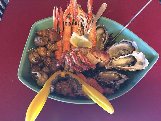 Restaurant Port Lauzieres: plateau pour un