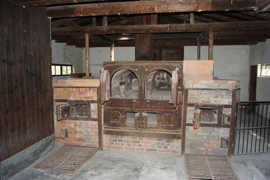 Dachau, Alemania: stare krematorium