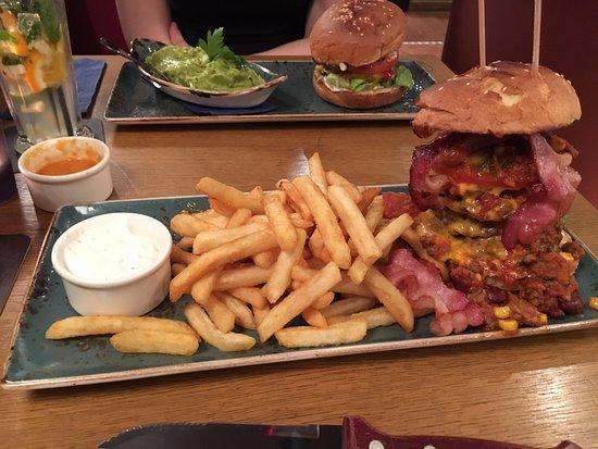 Chicago Meatpackers Hamburg: Burger mit doppelt Fleisch
