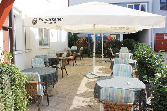 Schwieberdingen, Deutschland: Biergarten