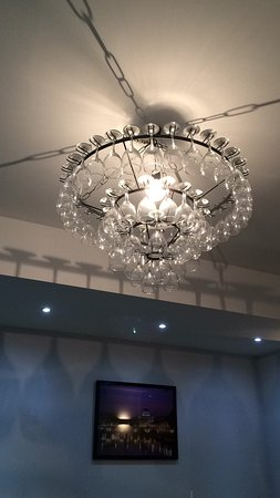 Stranraer, UK: Fabulous pizza and a lightshade that made us smile too!