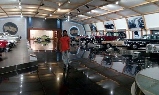 Historical, Vintage & Classic Car Museum
