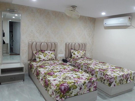 Abcos Guest House
