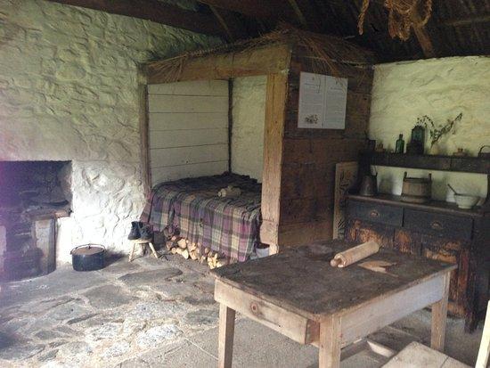 Auchindrain Highland Farm Township: Bell's house