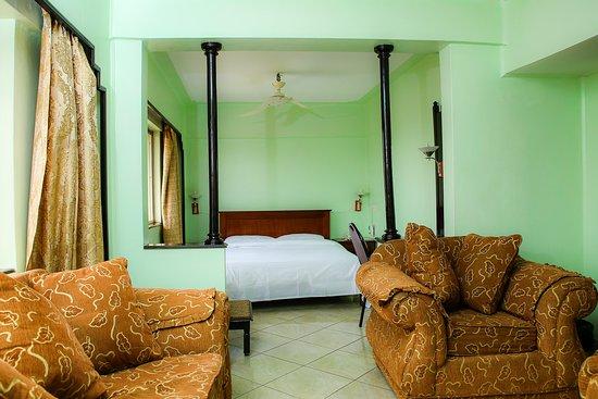 Sandton Palace Hotel