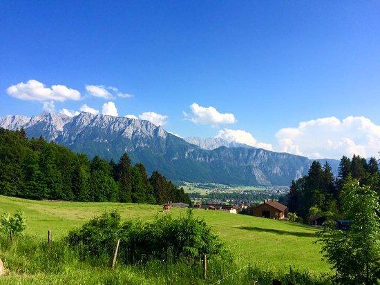 Niederndorf, Österreich: Blick Richtung Kaisergebirge
