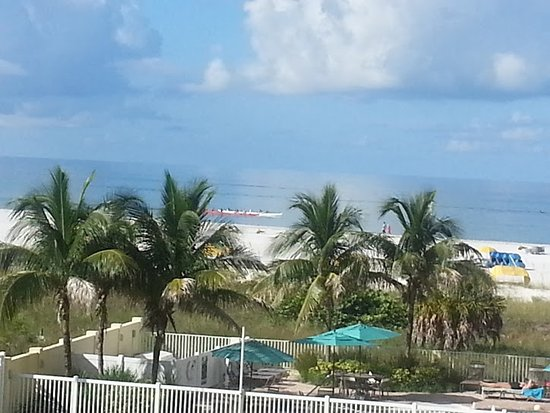 Изображение Sunset Vistas Beachfront Suites