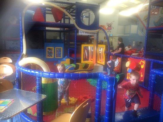 AJ'z Activity Centre 사진