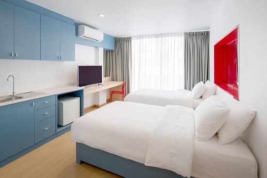 128 Bangkok: City view : Twin bed
