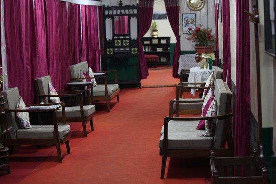 Hotel Alice Villa: Lobby