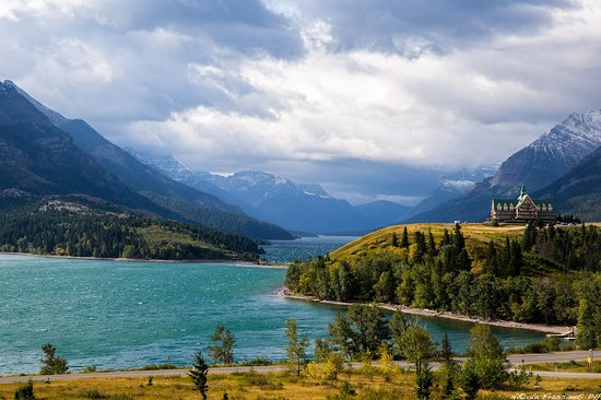 Waterton Glacier International Peace Park Lake Prince Of Wales Hotel