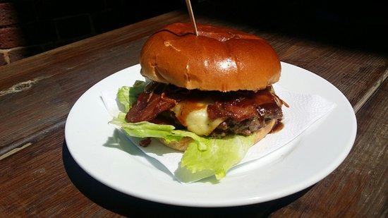 Brighton and Hove, UK: Bacon cheeseburger anyone?