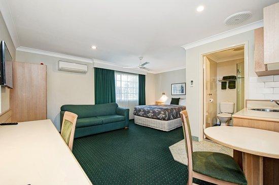 Raymond Terrace, Australia: Queen Deluxe