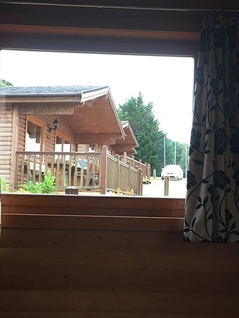 Dartmoor Edge Lodges: Lodges very close together