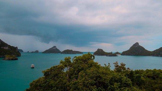 100 Degrees East Dive Team : Ang Thong Marine Park