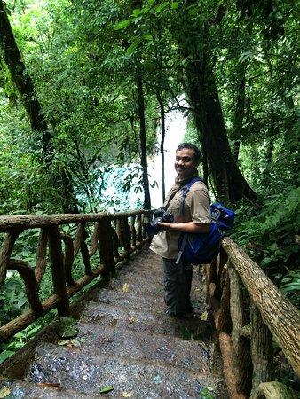 Tenorio Volcano National Park, Kostaryka: Stairs to the waterfall