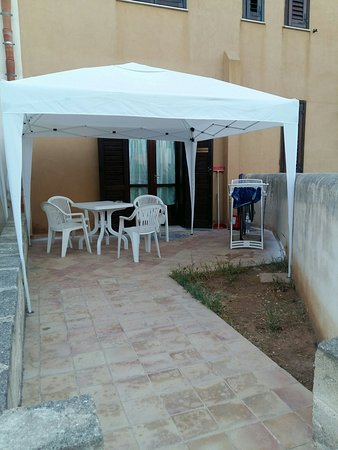 "Residence Favignana: Appartamento piano terra con ""veranda"""