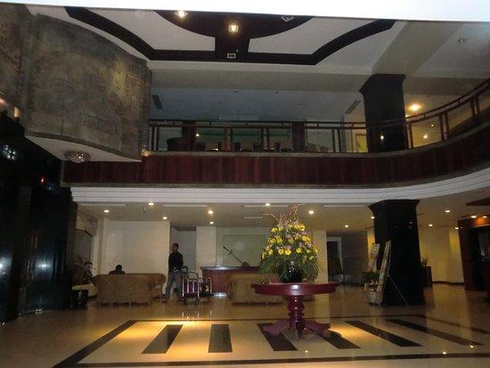 Angkor Riviera Hotel: ロビー