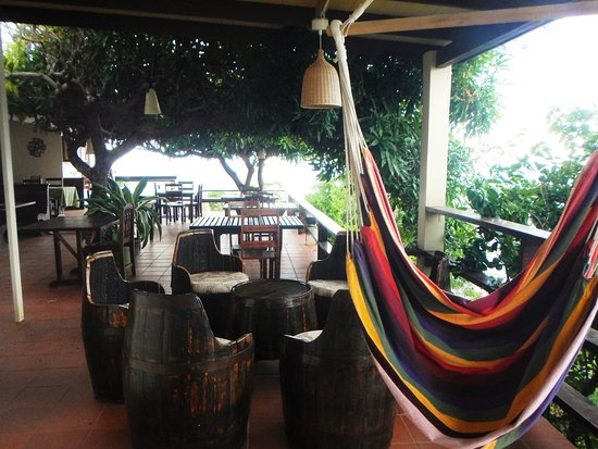 Crochu, Grenada: Lovely bar spot