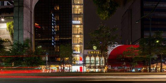 توب إن سوكهومفيت: Night View