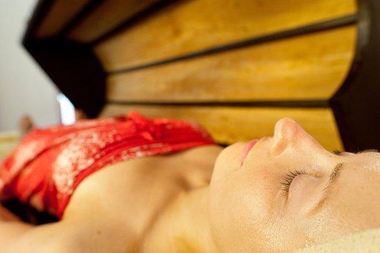 Surya Lanka Ayurveda Beach Resort: Steam bath