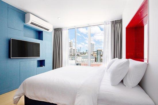 128 Bangkok: single room